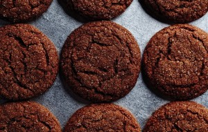chewy-molasses-cookies-940x600